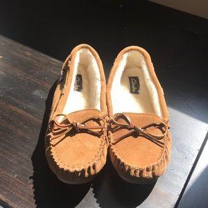 Clark's Faux Fur Slippers
